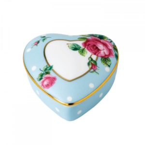 royal-albert-polka-blue-heart-box-652383752054